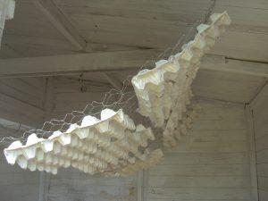 Schallvorhang aus Eierpappen