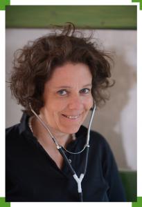 Tierärztin Dr. Dörte v. Bremen – Tiermedizin und Homöopathie
